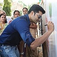 tn_1 Actor Ganesh Venkataraman at the launch of on campus Swachh Bharat campaign, Agarwal vidhyalaya11