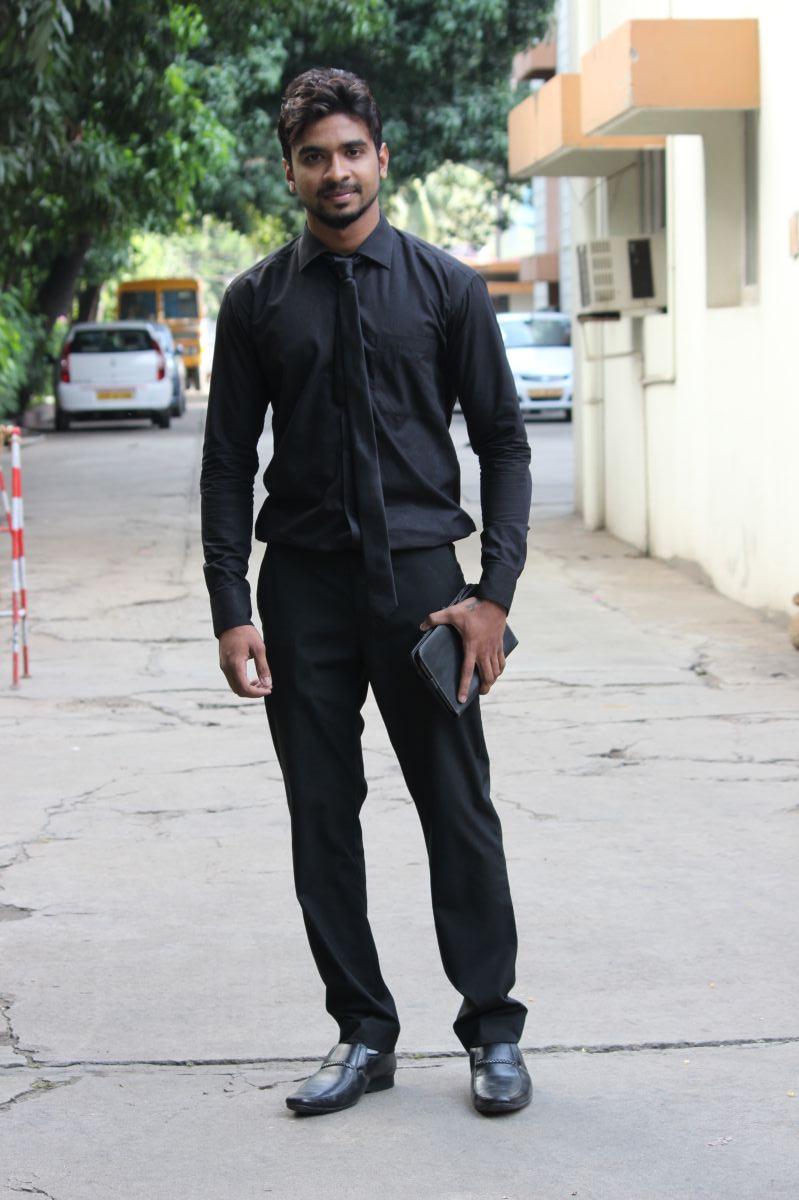 Actor Dhileepan Pugazhendhi Stills (3)