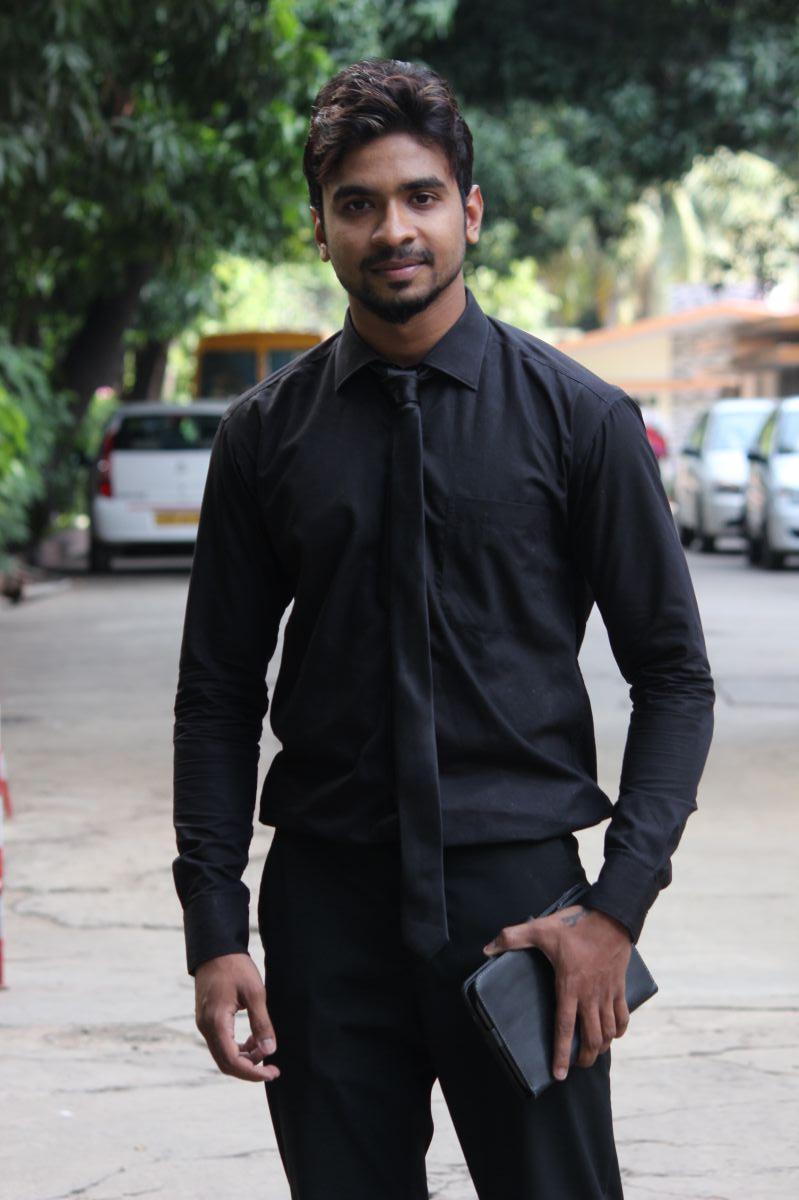 Actor Dhileepan Pugazhendhi Stills (4)