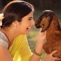 Actress Aqsa Bhatt Photoshoot Photos (10)