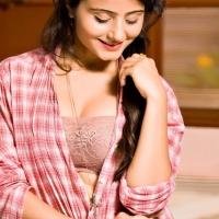Actress Aqsa Bhatt Photoshoot Photos (22)