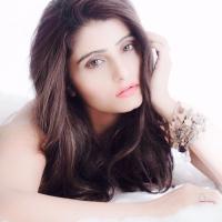 Actress Aqsa Bhatt Photoshoot Photos (7)