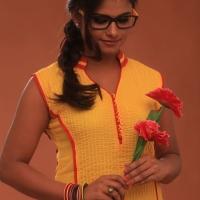 Actress Charvi stills from ORU CELLULOID KADHAL (4)