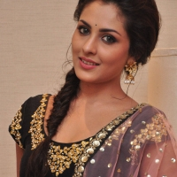 Actress Madhu Shalini Latest Stills (1)