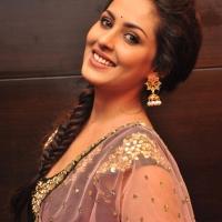 Actress Madhu Shalini Latest Stills (12)
