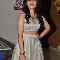 Actress Madhu Shalini Spicy Stills (8)