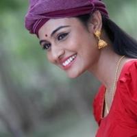 actress-nega-hing-stills-21-small