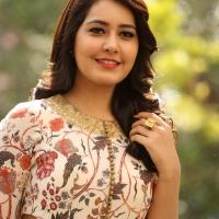 Actress Rashi Khanna New Stills (1)