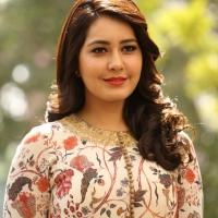 Actress Rashi Khanna New Stills (15)