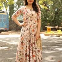 Actress Rashi Khanna New Stills (3)