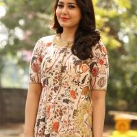 Actress Rashi Khanna New Stills (6)