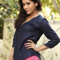 Actress Rashmi Gautam Spicy Stills (11)