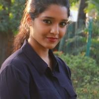 Actress Ritika Singh Latest Stills (15)
