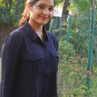 Actress Ritika Singh Latest Stills (19)