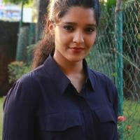 Actress Ritika Singh Latest Stills (23)