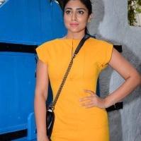 Actress Shriya Latest Hot Photos (4)