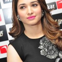 Actress Tamanna Latest Stills (2)