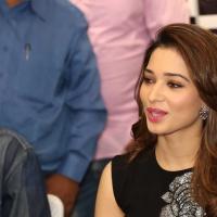 Actress Tamanna Latest Stills (8)