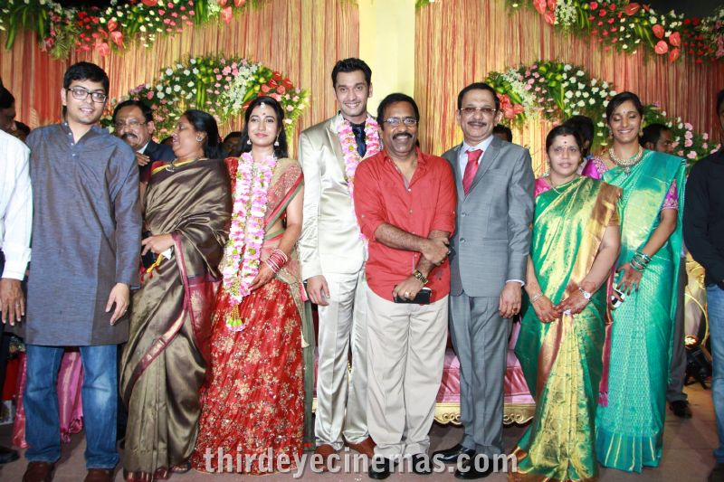 Arulnidhi - Keerthana Wedding Reception Pics (12).JPG