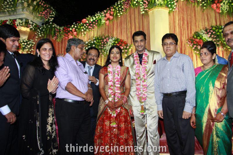 Arulnidhi - Keerthana Wedding Reception Pics (24).JPG