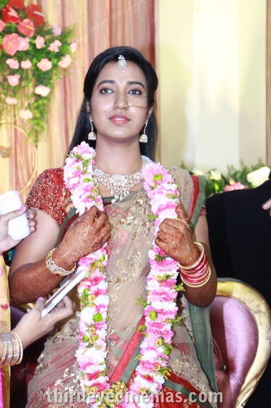 Arulnidhi - Keerthana Wedding Reception Pics (29).JPG