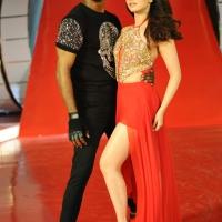 Kaththi Sandai Movie Stills (12)