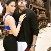 Kaththi Sandai Movie Stills (2)