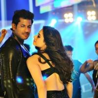 Kaththi Sandai Movie Stills (9)