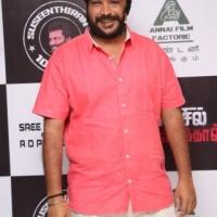 Nenjil Thunivirundhal Movie Audio Launch Stills (10) (Small)