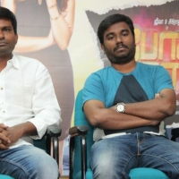 Pokkiri Raja Movie Pressmeet Stills (4)