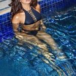 Priyanka Chopra's Unseen BIKINI Pics (12)