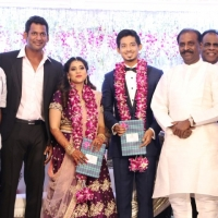 TFPC president, SIAA General Secretary Vishal 's sister Aishwarya Reception Stills (6)