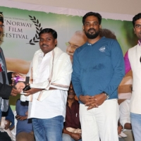 Thottam Movie Press Meet Photos (10)