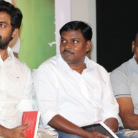 Thottam Movie Press Meet Photos (18)