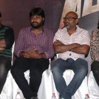 Vizhithiru Movie Press Meet Photos (6)